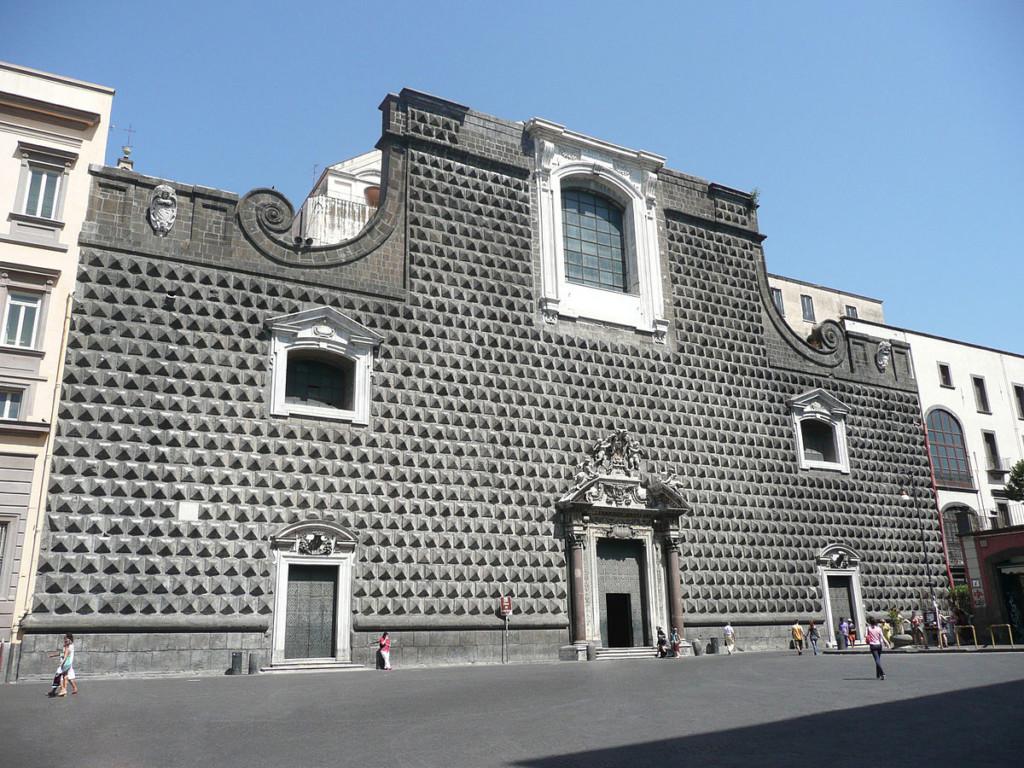 Церковь Иисуса Новая - Chiesa del Gesu Nuovo