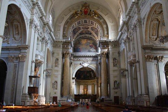 Базилика Святого апостола Петра – Basilica di San Pietro