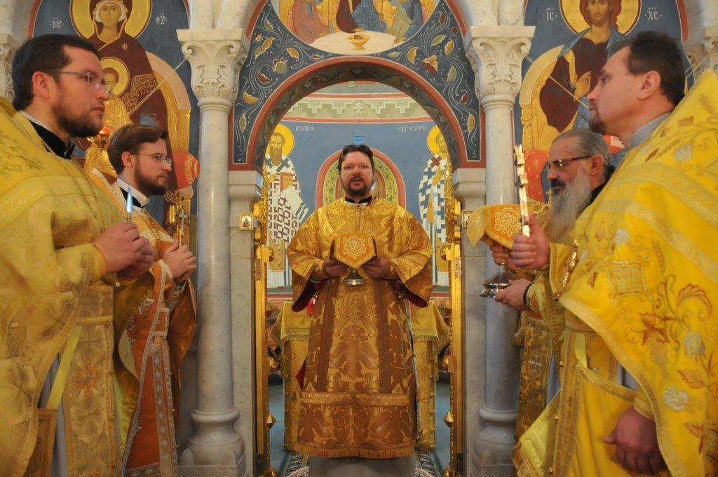 Епископ Иоанн совершил первую Литургию на Италийской земле